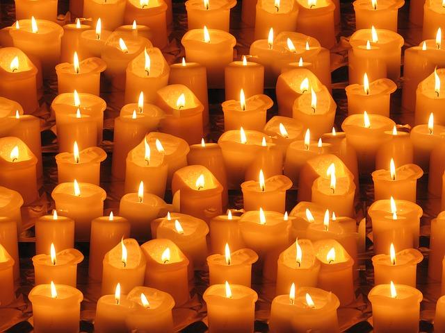 světlo svíček.jpg