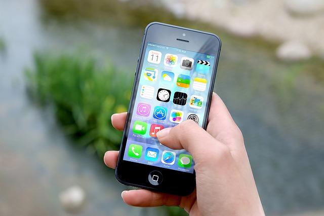 aplikace na smartphone.jpg